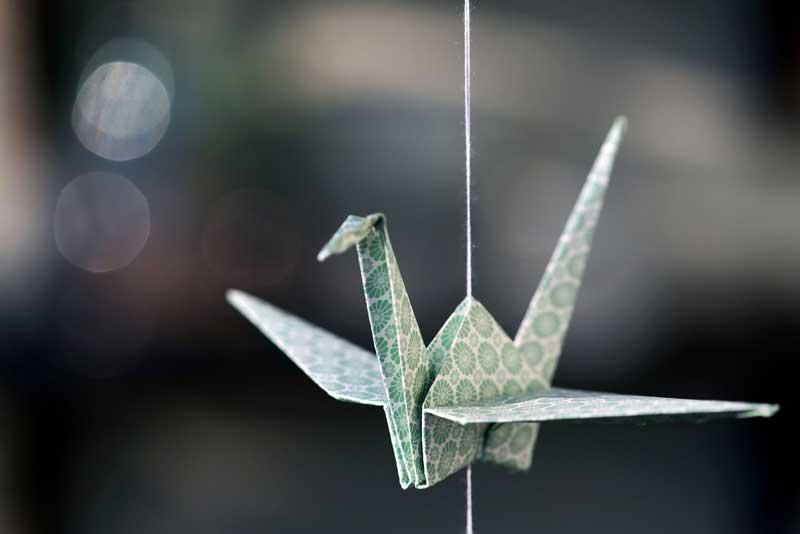 Origami Kranich - Symbol des Friedens